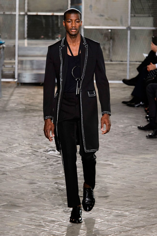 PARIS FASHION WEEK Givenchy Spring 2016. www.imageamplified.com, Image Amplified (48)