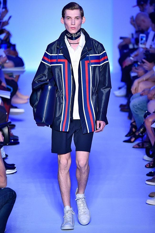 PARIS FASHION WEEK Louis Vuitton Spring 2016. www.imageamplified.com, Image Amplified (15)