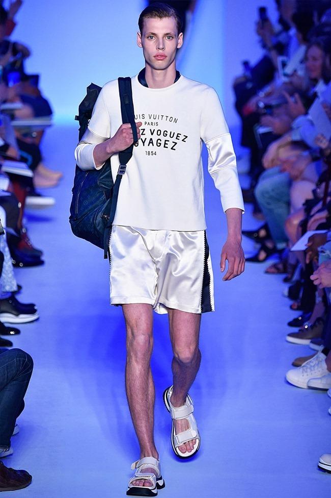 PARIS FASHION WEEK Louis Vuitton Spring 2016. www.imageamplified.com, Image Amplified (22)
