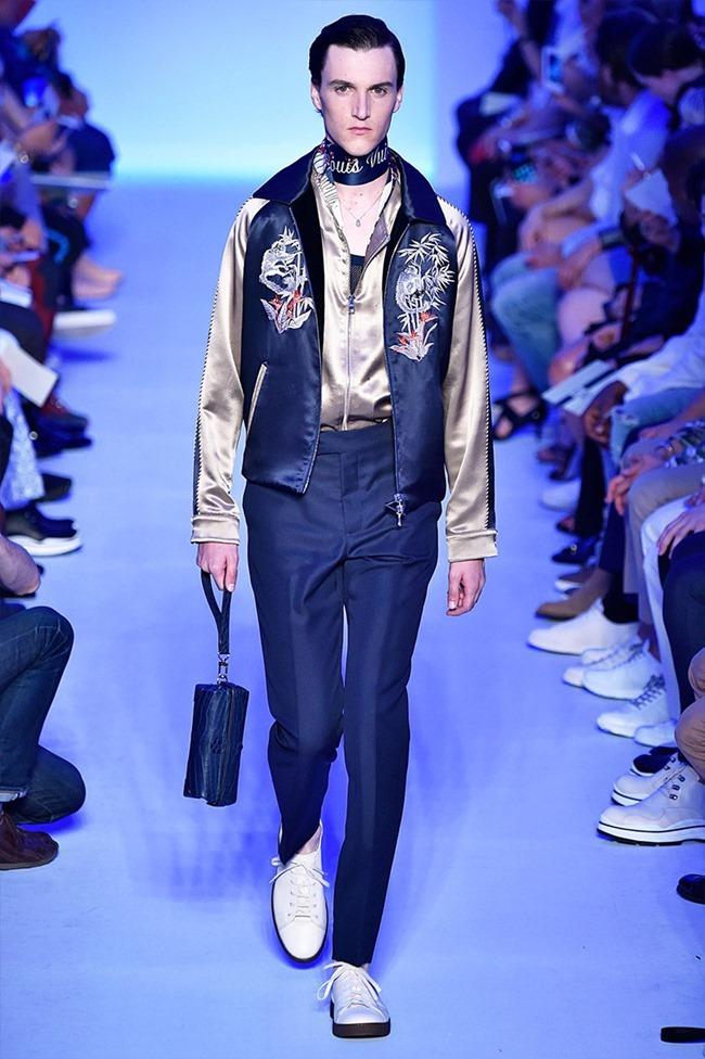 PARIS FASHION WEEK Louis Vuitton Spring 2016. www.imageamplified.com, Image Amplified (31)