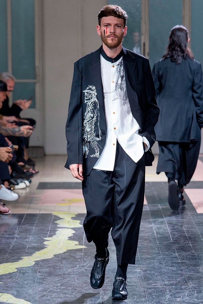 PARIS FASHION WEEK Yohji Yamamoto Spring 2016. www.imageamplified.com, Image Amplified (35)