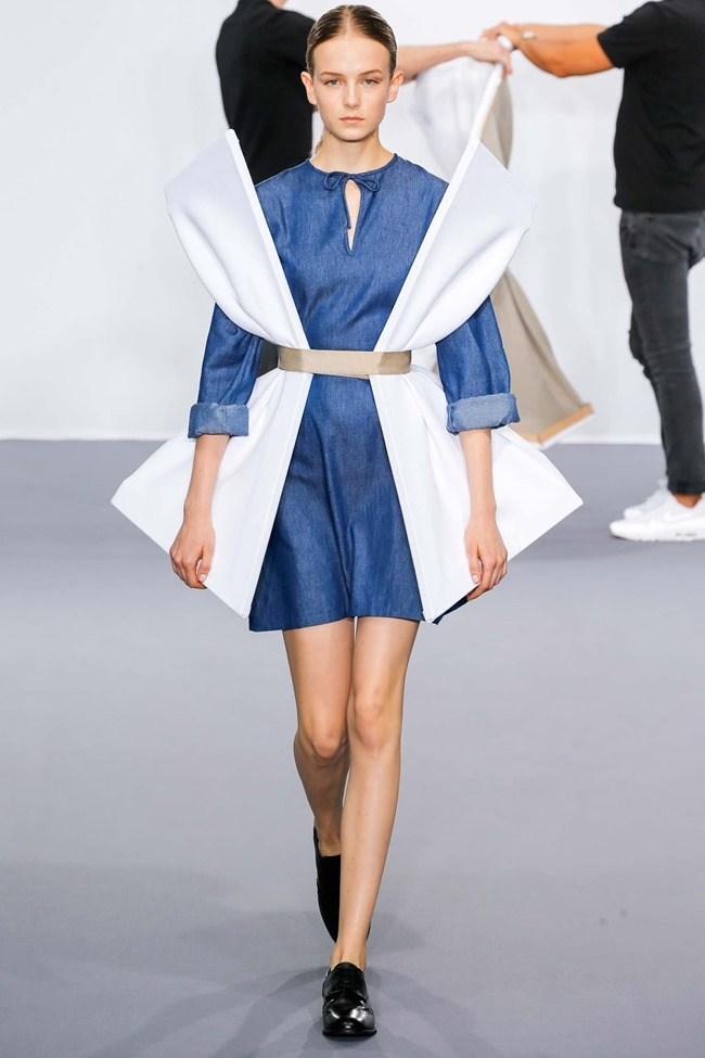 PARIS HAUTE COUTURE Viktor & Rolf Fall 2015. www.imageamplified.com, Image Amplified (4)