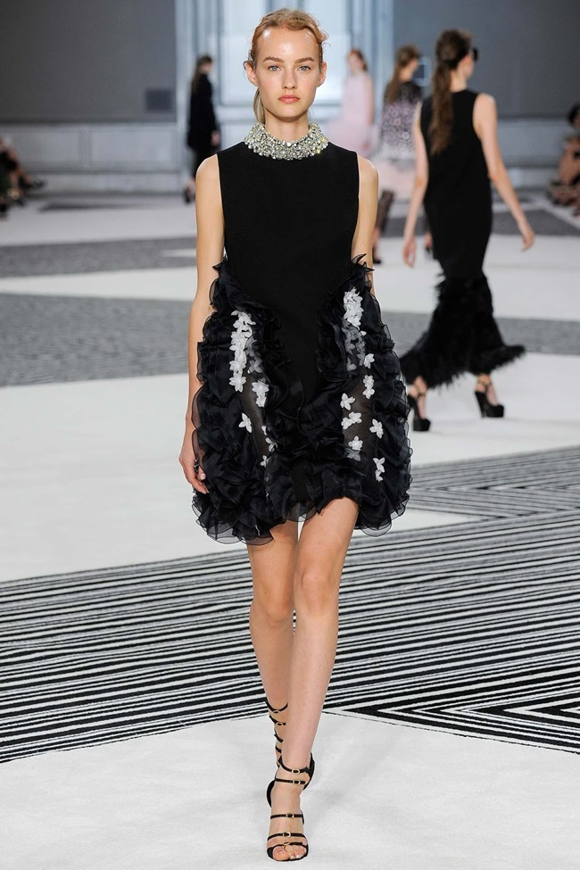PARIS HAUTE COUTURE Giambattista Valli Fall 2015. www.imageamplified.com, Image Amplified (7)