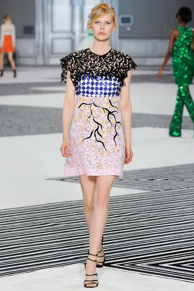 PARIS HAUTE COUTURE Giambattista Valli Fall 2015. www.imageamplified.com, Image Amplified (26)