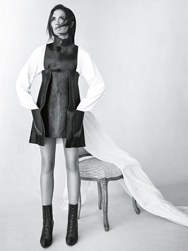 VOGUE AUSTRALIA Victoria Beckham by Patrick Demarchelier. Christine Centenera, August 2015, www (4)