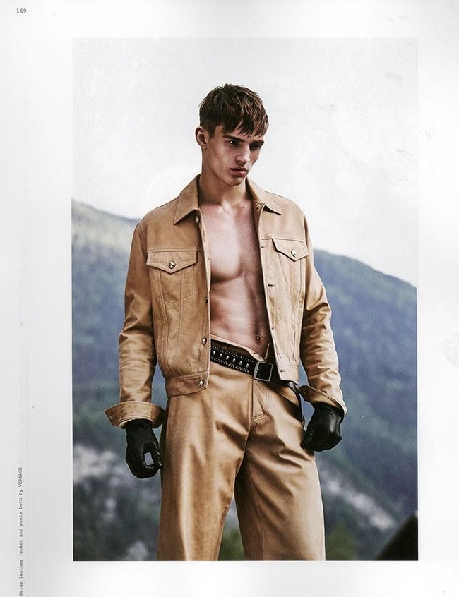 ROLLACOASTER MAGAZINE Julian Schneyder by Adriano Russo. Ivan Bontchev, Summer 2015, www.imageamplified.com, Image Amplified (6)