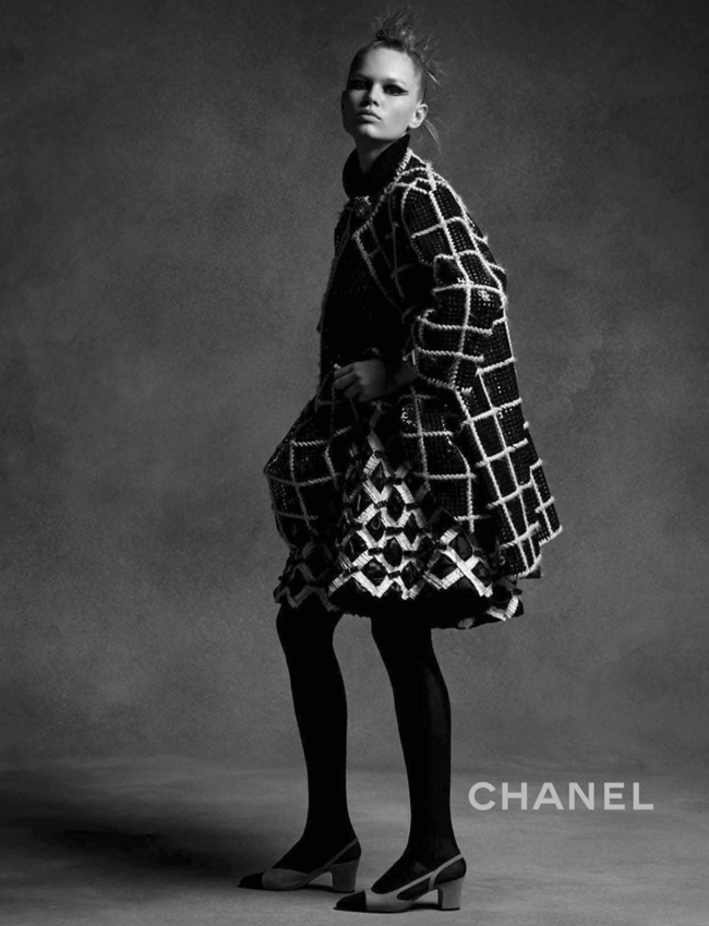 CAMPAIGN Anna Ewers & Lindsey Wixson for Chanel Fall 2015 by Karl Lagerfeld. Sam McKnight, www.imageamplified.com, Image Amplified (3)