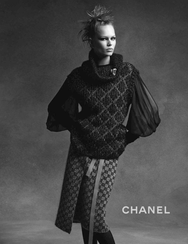 CAMPAIGN Anna Ewers & Lindsey Wixson for Chanel Fall 2015 by Karl Lagerfeld. Sam McKnight, www.imageamplified.com, Image Amplified (4)