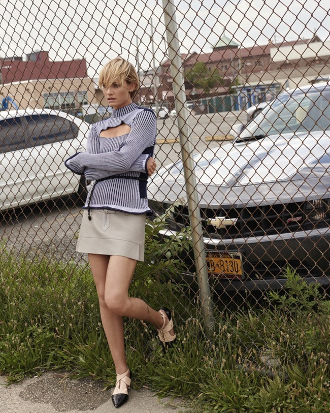 VOGUE KOREA Amber Valletta by Scott Trindle. Ye Young Kim, September 2015, www.imageamplified.com, Image Amplified (10)