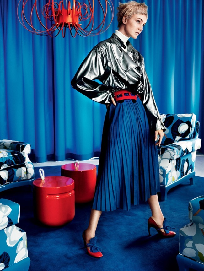 VOGUE MAGAZINE Caroline Trentini by Mario Testino. Tonne Goodman, October 2015, www.imageamplified.com, Image Amplified (2)
