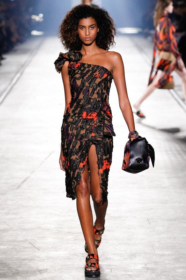MILAN FASHION WEEK Versace Spring 2016. www.imageamplified.com, Image Amplified (42)