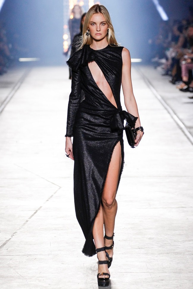 MILAN FASHION WEEK Versace Spring 2016. www.imageamplified.com, Image Amplified (47)