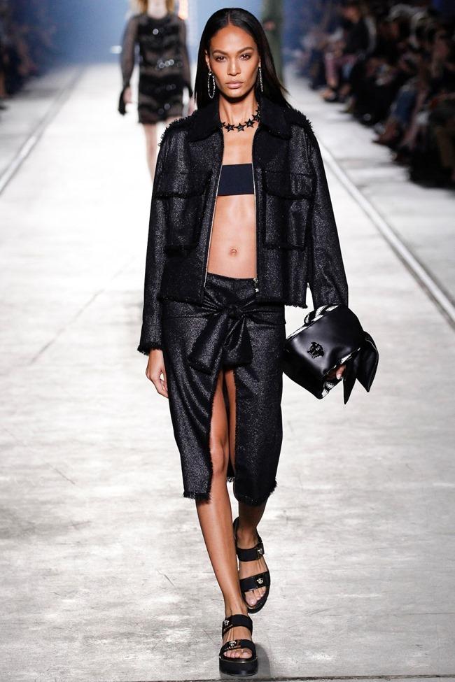 MILAN FASHION WEEK Versace Spring 2016. www.imageamplified.com, Image Amplified (48)