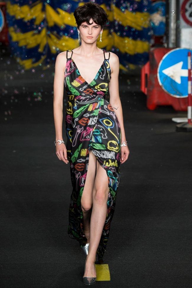 MILAN FASHION WEEK Moschino Spring 2016. www.imageamplified.com, Image Amplified (53)