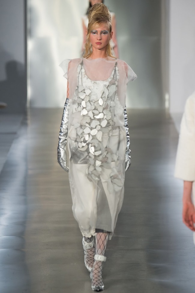 PARIS FASHION WEEK Maison Margiela Spring 2016. www.imageamplified.com, Image Amplified (2)