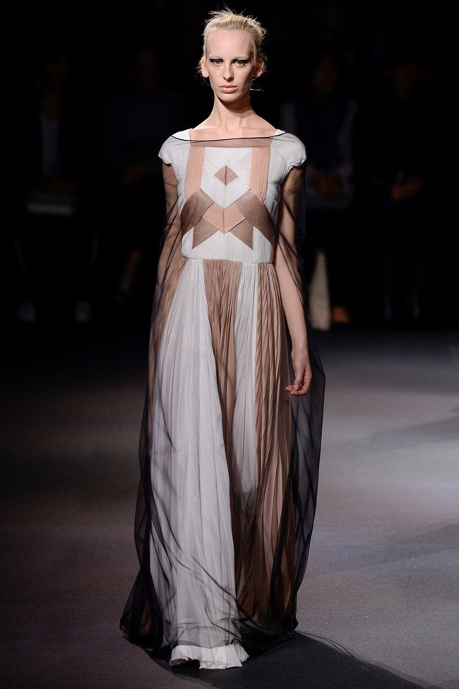 PARIS FASHION WEEK Vionnet Spring 2016. www.imageamplified.com, Image Amplified (24)