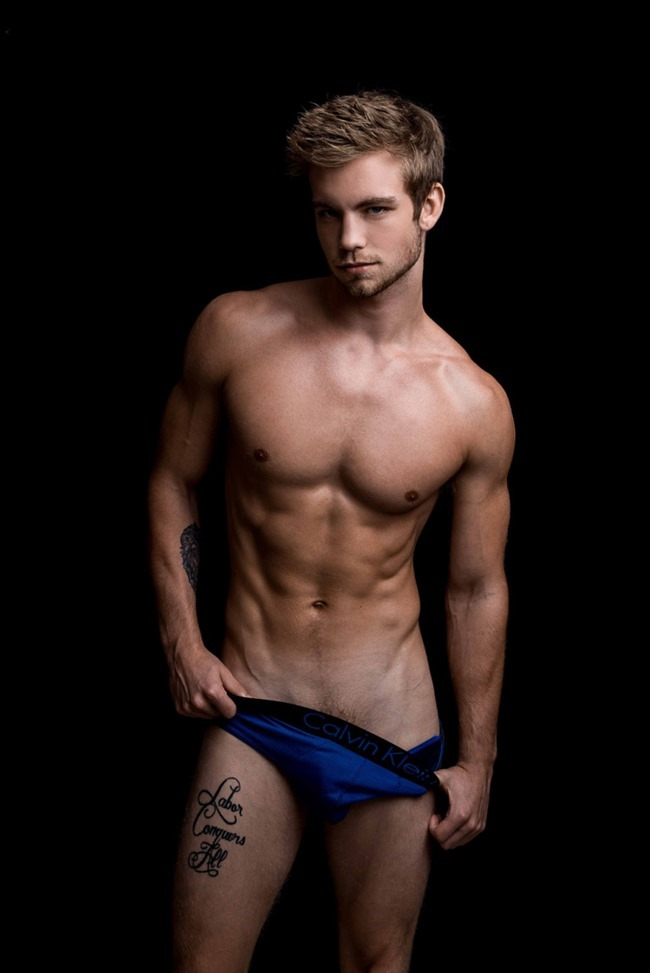 MASCULINE DOSAGE Dustin Mcneer by Fritz Yap. Fall 2015, www.imageamplified.com, Image Amplified (4)