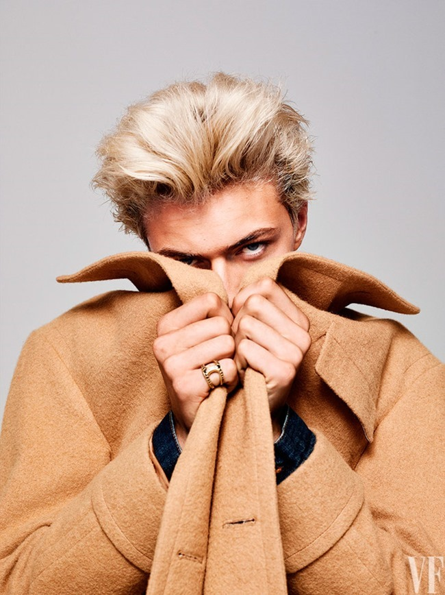 VANITY FAIR MAGAZINE Lucky Blue Smith by Dewey Nicks. December 2015, www.imageamplified.com, Image Amplified (1)