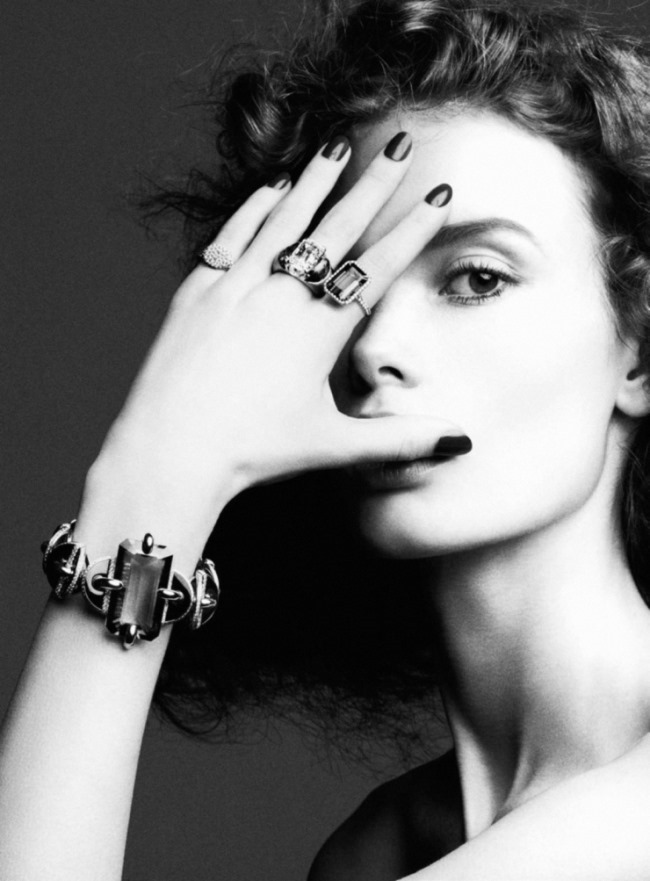 VOGUE PARIS Julia Hafstrom by Ben Hassett. Claire Dhelens, February 2016, www.imageamplified.com, image Amplified (3)