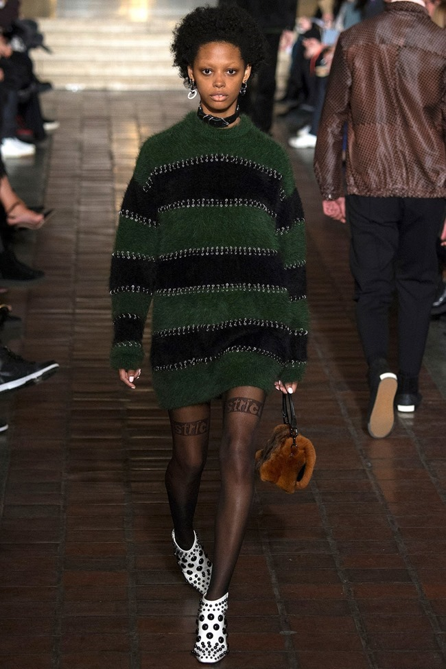 NEW YORK FASHION WEEK Alexander Wang Fall 2016. www.imageamplified.com, Image Amplified (11)