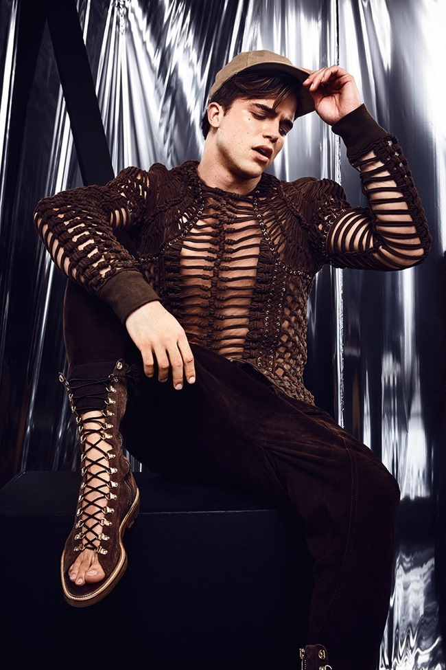 ATTITUDE UK River Viiperi by Jenny Brough. Joseph Kocharian, Spring 2016, www.imageamplified.com, Image Amplified (4)