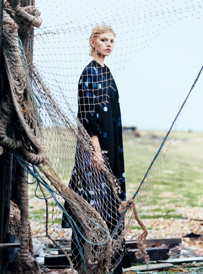 HARPER'S BAZAAR UK Ola Rudnicka by Koto Bolofo. Charlie Harrington, April 2016, www.imageamplified.com, Image Amplified (7)