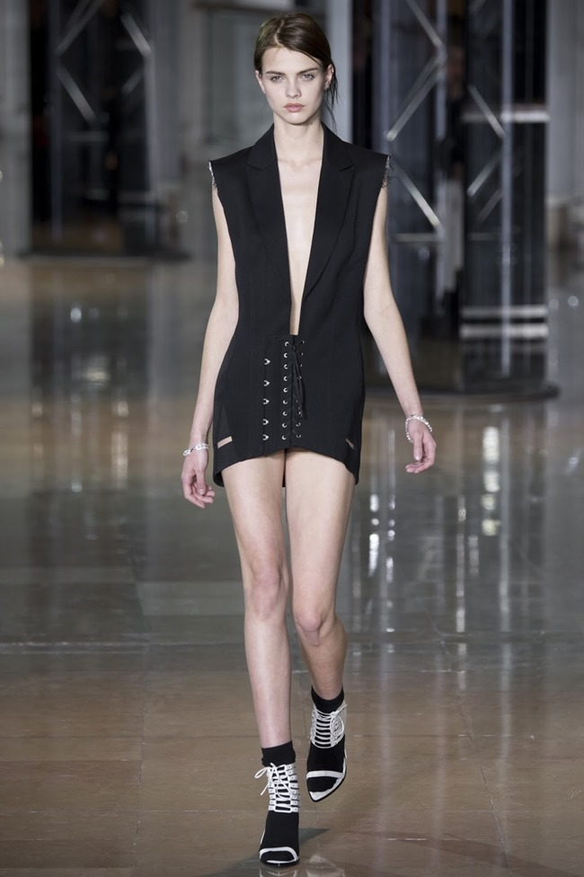 PARIS FASHIONW WEEK Anthony Vaccarello Fall 2016. www.imageamplified.com, Image Amplified (2)