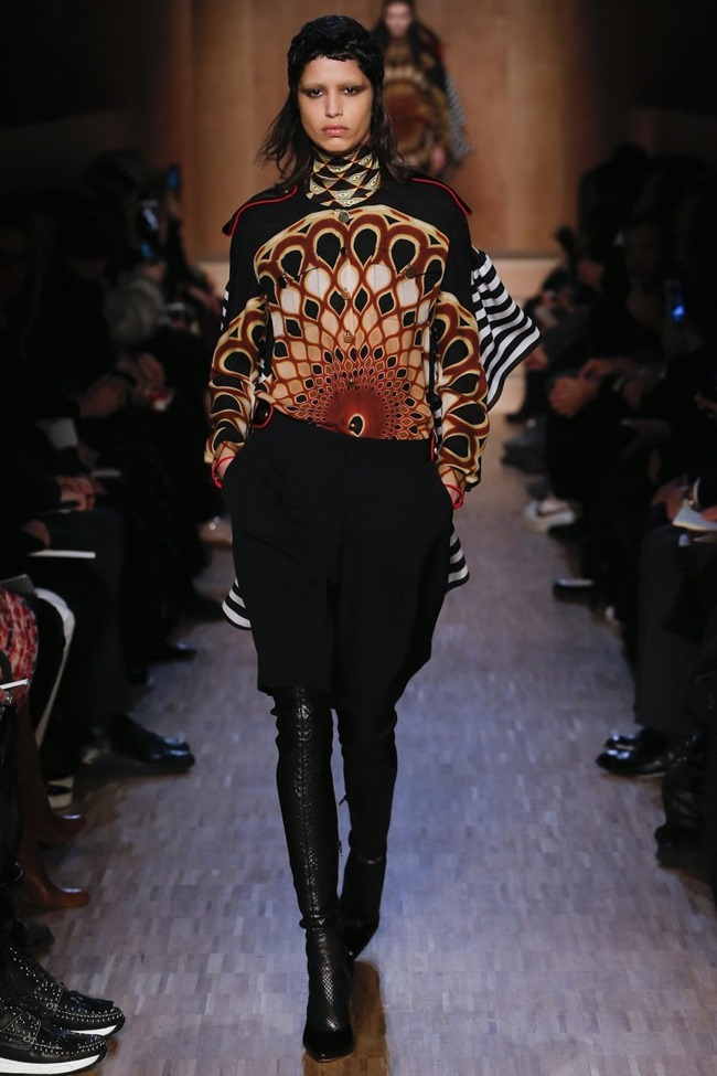 PARIS FASHION WEEK Givenchy Fall 2016. www.imageamplified.com, Image Amplified (4)