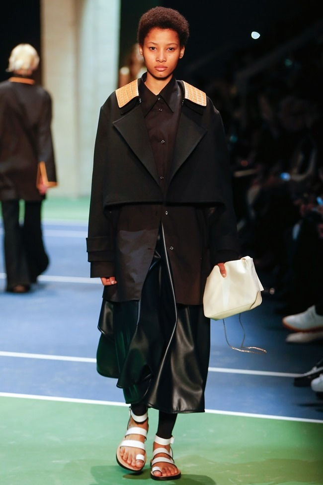 PARIS FASHION WEEK Celine Fall 2016. www.imageamplified.com, Image Amplified (32)